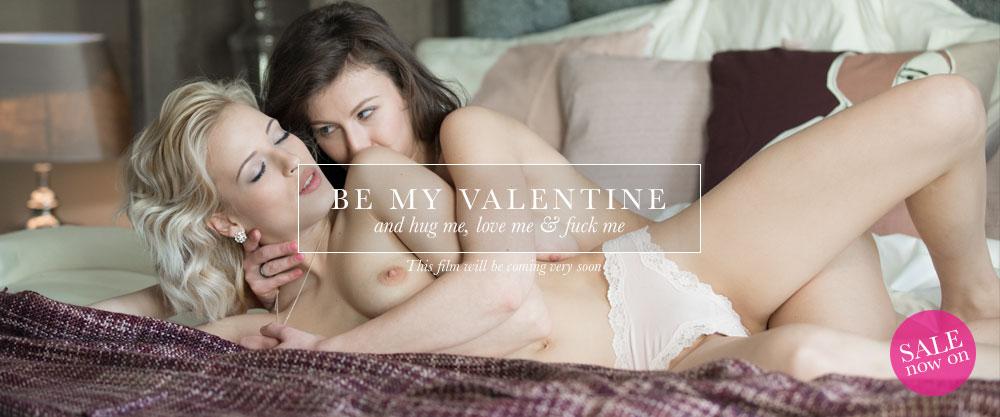 Beautiful lesbian erotica - FrolicMe.com