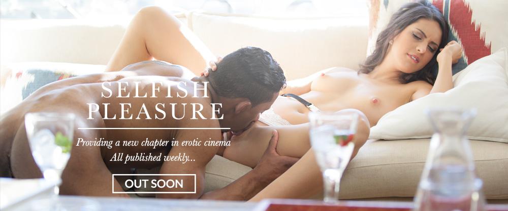 Beautiful erotica for men, women & couples | FrolicMe.com
